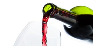 fond of red wine know its benefits for heart health